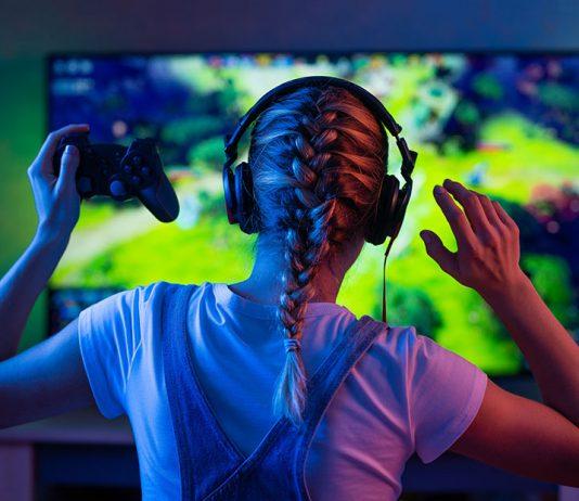 Lau 'gamer'-etik batek bideo-jokoei eskaintzen dien denbora ezkutatzen die gurasoei